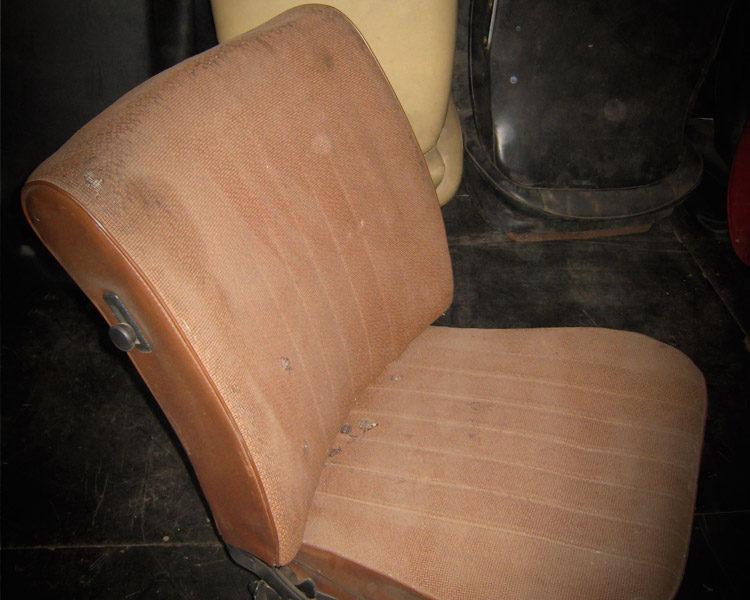Deux sièges COX 1966