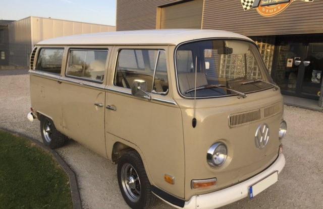À VENDRE : Combi VW Bay Window de luxe 1970