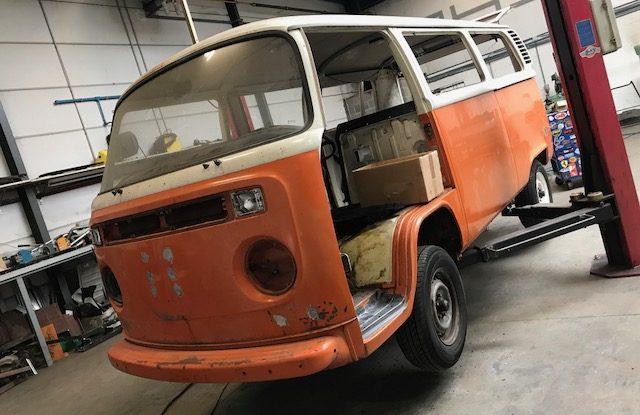 Nouveau projet carrosserie d'un combi de 1974 US