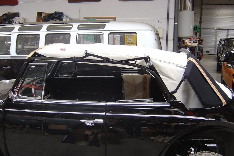Sellerie : montage capote Cabriolet