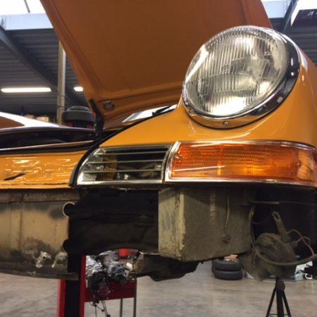 Réparation du nez d'une 912 de 1969