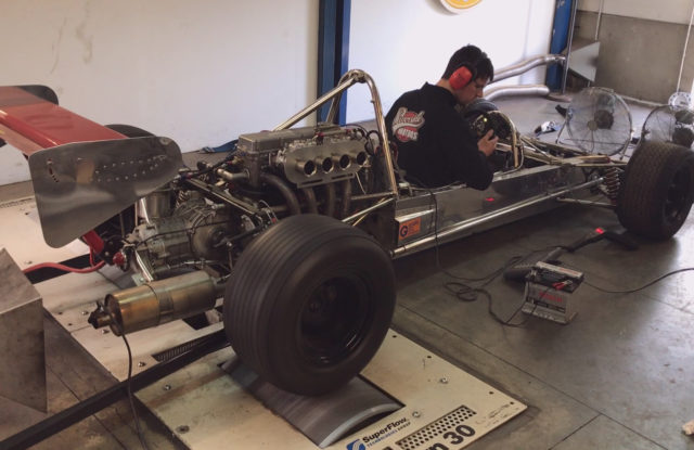 Formule super Vee Lola sur le banc de puissance moteur !